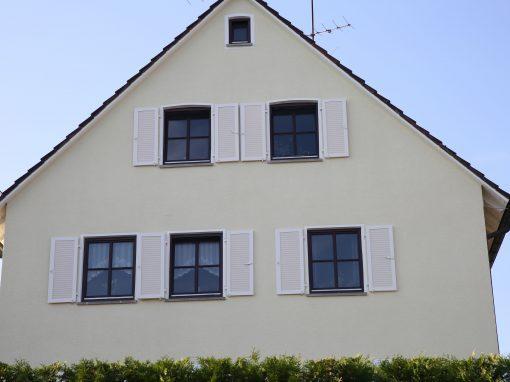 Fensterbau – Klappläden Retro